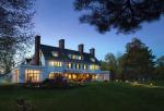 The+Four+Chimney%27s+Inn+-+Bennington%2C+Vermont+-+The+Shires+of+Vermont